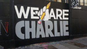 arnaudbuss sur Twitter : «Quelque part à San Francisco… #JeSuisCharlie #StreetArt http://t.co/EC40euLhWS»