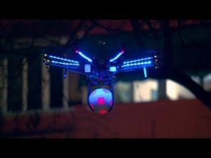 Drone Football augmenté par Pepsi Max genius sur un terrain de foot à barcelone YouTube