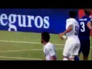 Les 3 morsures de Luis Suarez meme – Football – YouTube