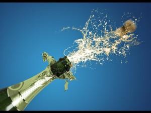 Ouvrir une bouteille de champagne sans tire-bouchon- YouTube
