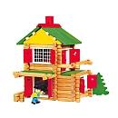 Les enfants adorent les jeux de construction et ils seront ravis de recevoir Mon chalet en bois de Jeujura pour Noël ou leur anniversaire. Grâce à ses éléments en bois naturel et teinté