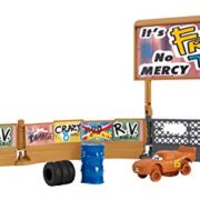 Cars-DXY95-Playset-Entranement-0-1