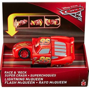 Cars-DYW39-Vhicule-Twisted-Crashers-Mcqueen-0