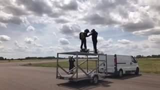 1er vol sur terre du flyboard de franck zappata publié en direct de facebook