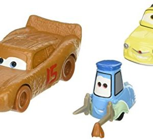 Mattel--Cars-3--Flash-McQueen-en-Chester-Whipplefilter-Luigi-Guido--1-Pack-de-2-Vhicules-Miniatures-Die-Cast-0